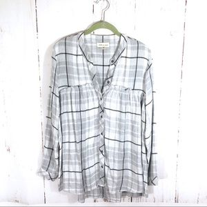 Cloth & Stone Grey Plaid Button Down Frayed Top